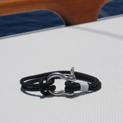 Nautical Jewelry - black with stainless steel shackle